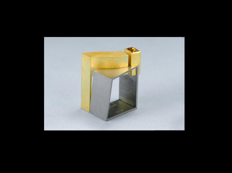 Ring, white gold, gold, citrine, 1999/2000