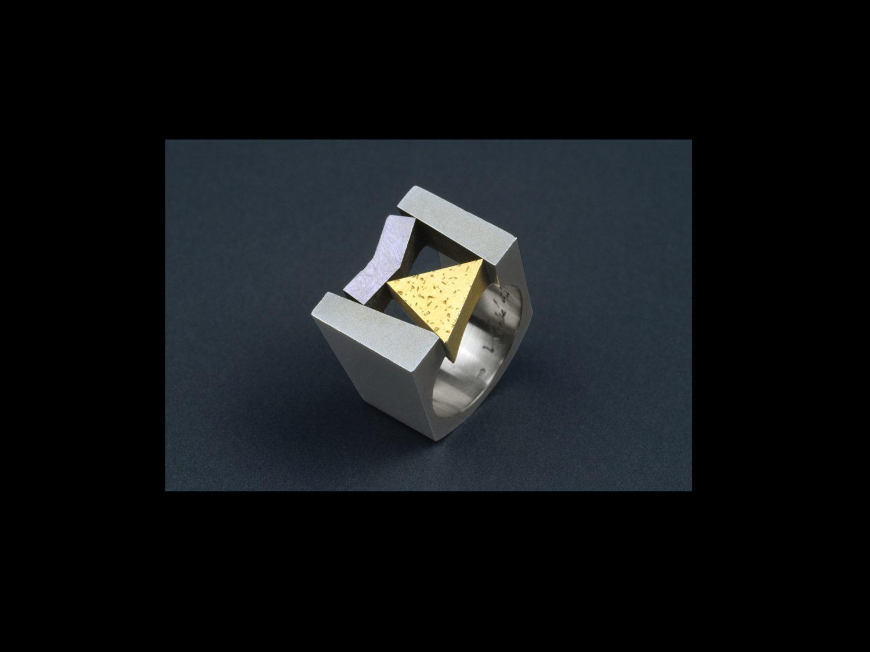 Ring, white gold, gold, palladium, 1994