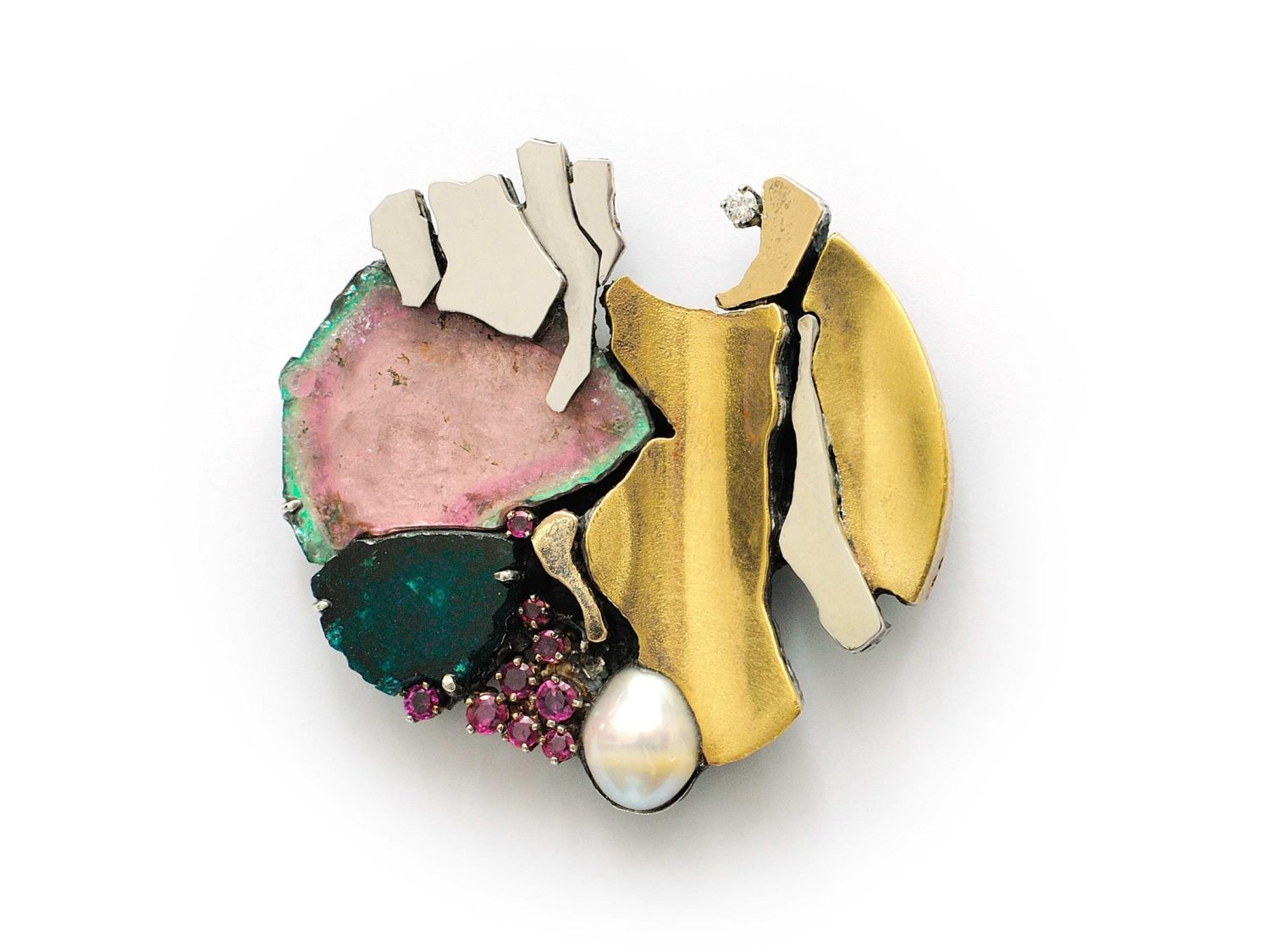 Brooch, fine gold and white gold on silver, turmalines, rubies, pearl, 1969</br> MAK – museum of applied arts, Vienna