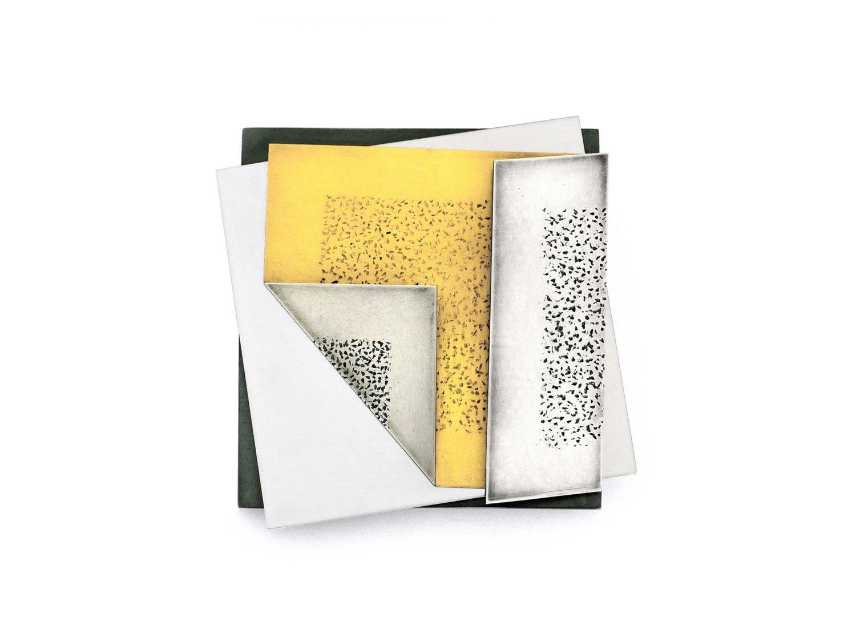 Brooch, oxidized silver, gold, stainless steel, 2002</br> Die neue Sammlung –The Design Museum, Pinakothek der Moderne, Munich, Germany
