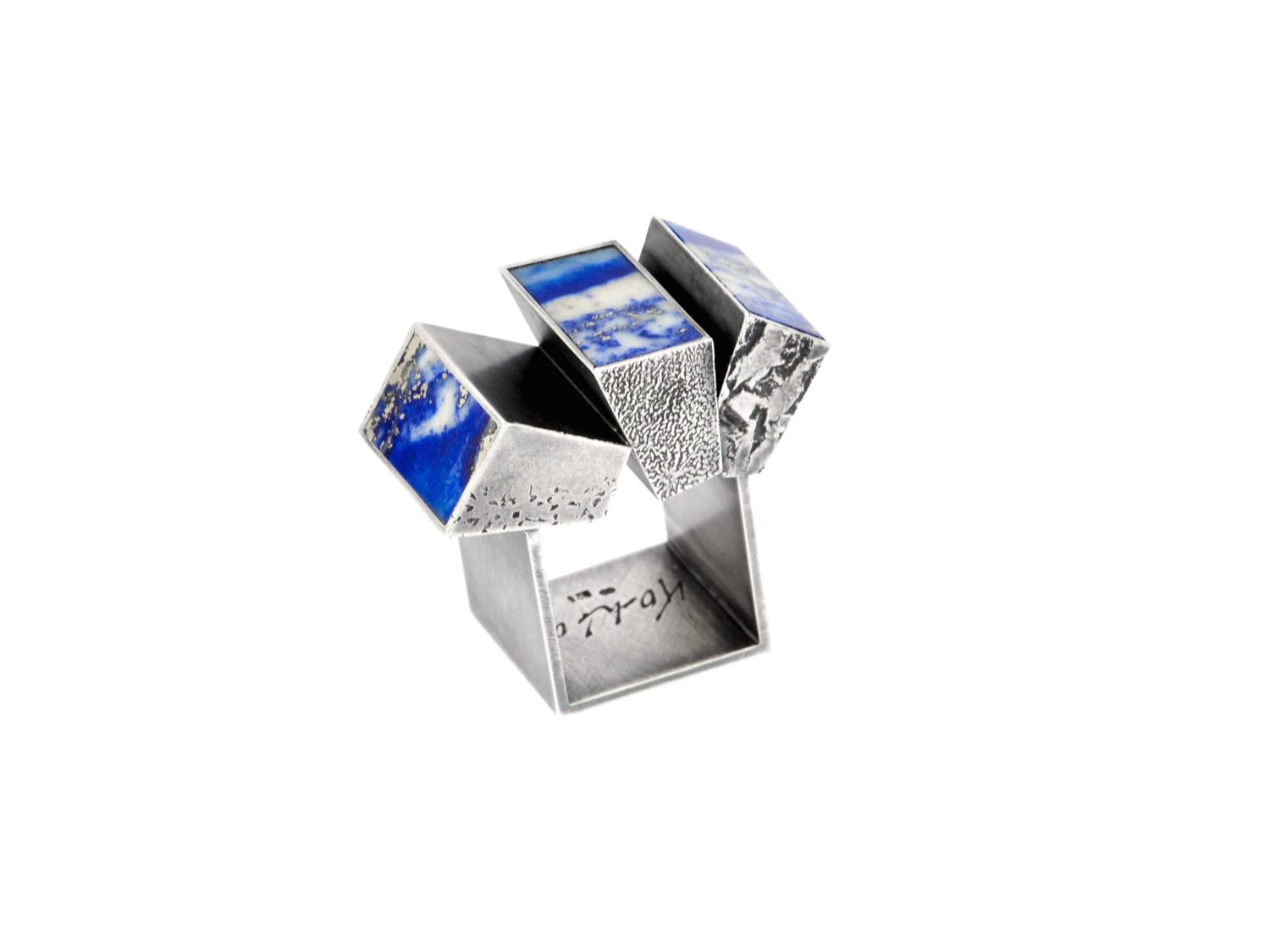 Ring, oxidized silver, lapislazuli, 2007<br> Swiss National Museum Zürich (The Alice and Louis Koch Collection)