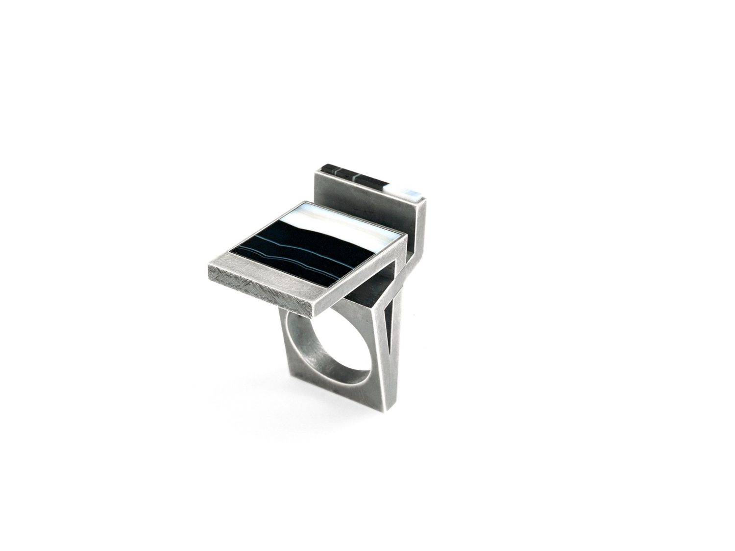 ring, oxidized silver, agate, 2006