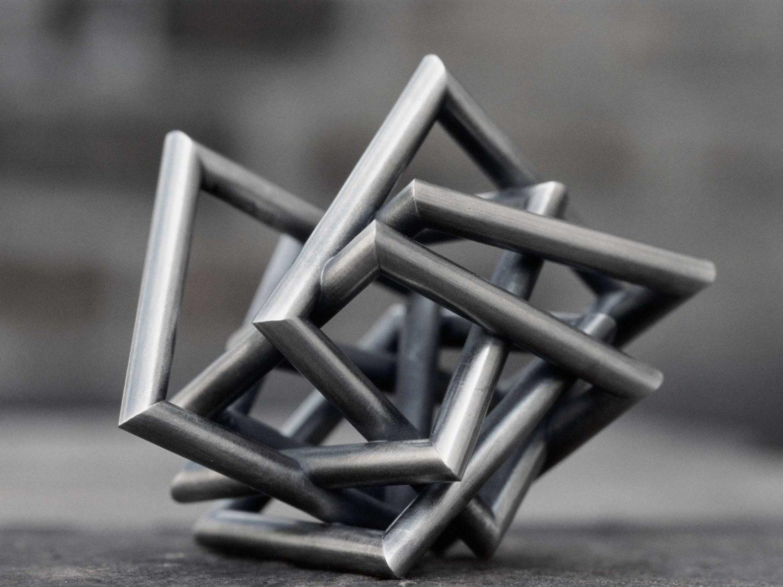 Miniature sculpture, oxidized silver, 6.5 × 8 × 7.5 cm, 2004