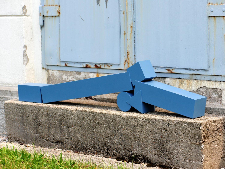 Sculpture, aluminum, acrylic,  132 × 28 cm, 2011