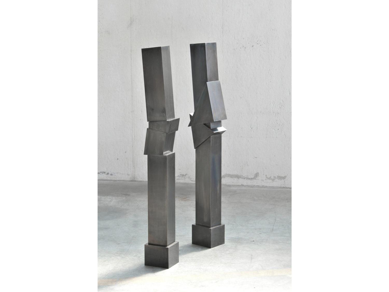 2 sculptures , browned steel, H 1.2 m, 2009