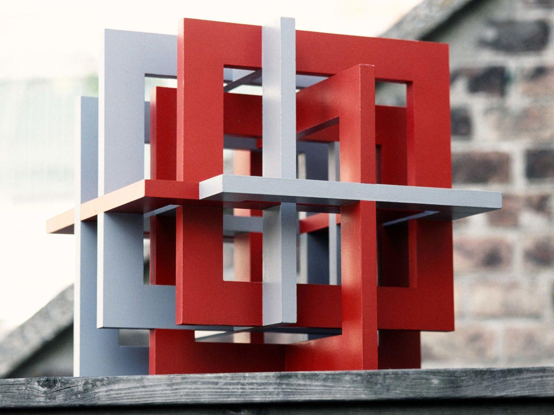 """Sculpture """"Große Fuge"""",  wood, acrylic, 42 × 42 × 42 cm, 2003"""