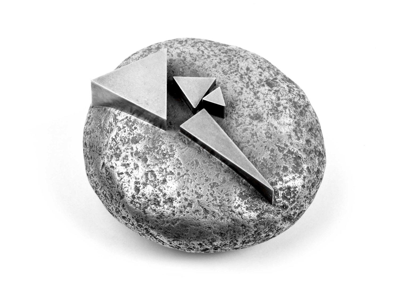 Miniature sculpture, oxidized silver, 7.5 × 3.5 cm, 1991